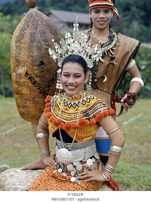 Malaysia, Sarawak, Cultural Village, Iban-Stamm, couple, Folklorekleidung,  Detail Asia, southeast Asia, tribe, Iban, Iban-Frau,  traditional costume