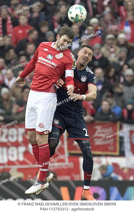 Header duel, dogfight between Stefan BELL (MZ) and Sandro WAGNER (M); Soccer 1. Bundesliga, 21. matchday, FSV FSV FSV Mainz 05 (MZ) - Bayern Munich (M) 0: 2
