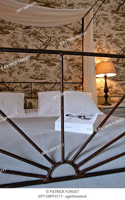 BED BREAKFAST AND VACATION RENTAL, DOMAINE DES EVIES, ROHAIRE, EURE-ET-LOIR 28, FRANCE