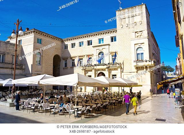 Narodni trg, Old town, Zadar, northern Dalmatia, Croatia, Europe