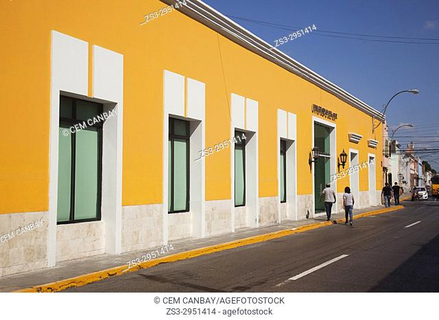 Street scene from the city center, Merida, Yucatan State, Mexico, Central America