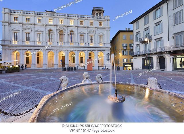 Fontana del Contarini and Palazzo Nuovo(New Palace) during dusk. Bergamo, Lombardy, Italy
