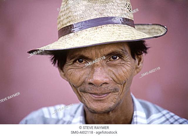 Malaysia, Malacca, man with hat (close up)