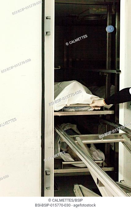 A dead body (corpse) is just arrived in the mortuary chamber in an hospital,PACA,FRANCE