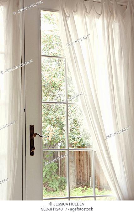 Picture of door leading to backyard