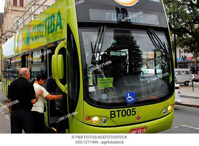 Bus frontal view of Linha Turismo, Curitiba, Paraná, Brazil, 2009