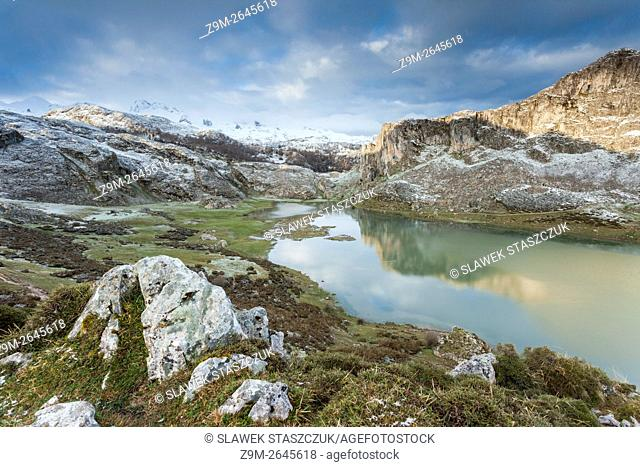 Fresh snow on a spring morning at Lake Ercina near Covadonga, Picos de Europa National Park, Asturias, Spain