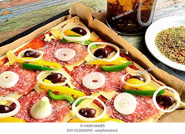 Pizza Salami Mailänder Art
