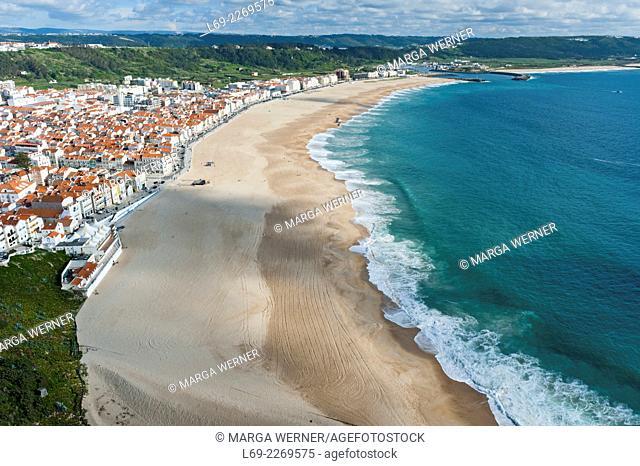 View on Nazaré Beach, Region Centro, District Leiria, Atlantic coast of Portugal, Europe