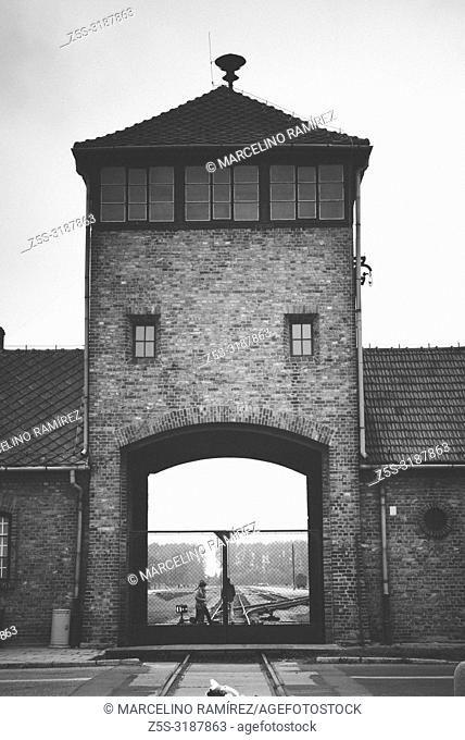 Auschwitz II Birkenau, Nazi concentration and extermination camp. Main entrance to Auschwitz II - Birkenau. Auschwitz, German-occupied, Poland, Europe