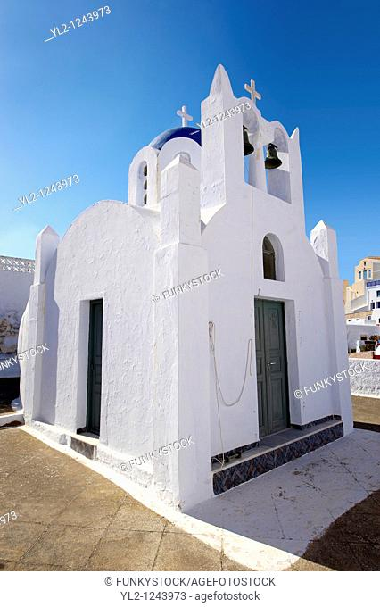 Chapel and churches of Pyros, Santorini, Greece