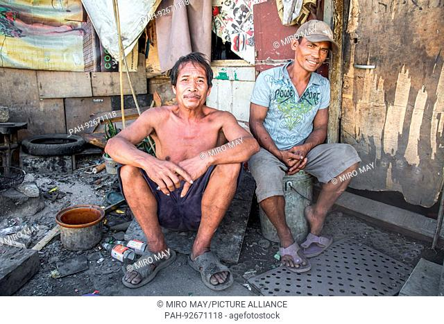 Cebu City is a metropolis with countless slums, street kids, whole families living on the street, cemeteries or rubbish dumps