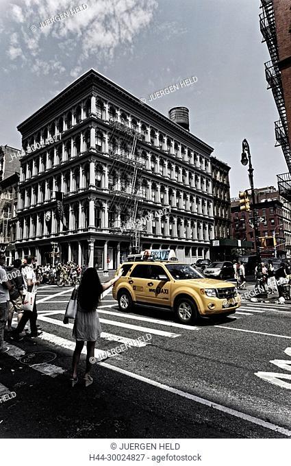 E.V. Haughwout building, Cast Iron District, Broadway, Cab, Soho, New York