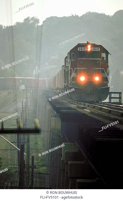 FV5101, Ron Bouwhuis, Eastbound Canadian Pacific Freight Train, Port Hope, Ont'