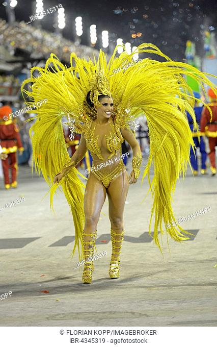 Samba dancer and model Bianca Leao, Queen of the samba group, Rainha da Bateria, parade of the samba school Uniao da Ilha do Governador
