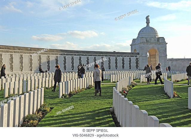Belgium, Zonnebeke, 11/11/2014 The British military cemetery Tyne Cot Cemetery - Zonnebeke, Belgium, 11/11/2014