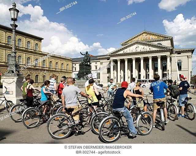 Bike tourist tour on the Max-Joseph-Platz, Residenz, Bayerisches Nationaltheater (National theatre), Bayerische Staatsoper (Bavarian State Opera), Munich