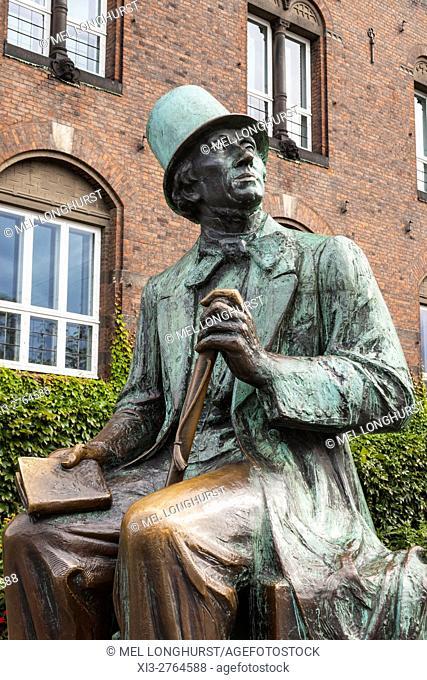Hans Christian Andersen statue, near City Hall Square, Copenhagen, Denmark