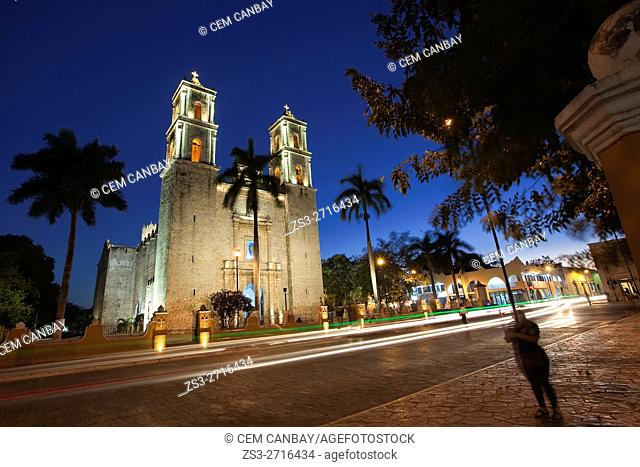 San Gervasio Cathedral and car trails by night, Valladolid, Yucatan Province, Mexico, Central America