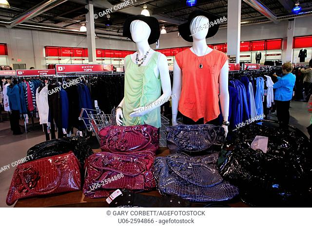 Mannequins and women's clothing in a clothing store in the USA