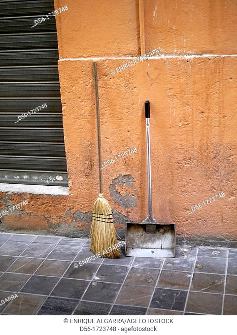 Clening stuff, Valencia, Spain