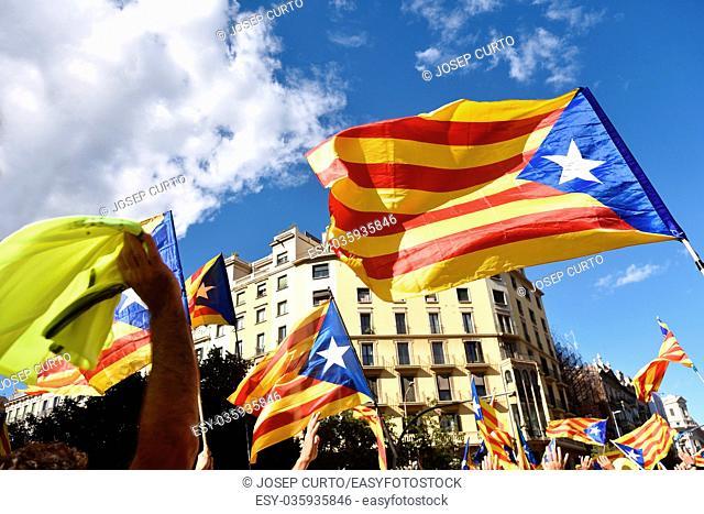 Independence manifestation in Barcelona, (SI) Arago Sreet, September 11, 2017