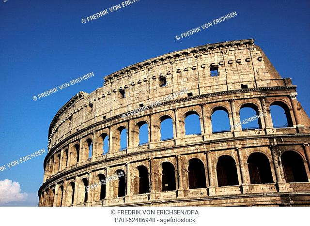 Exterior view of the Colosseum, also known as the Flavian Amphitheatre, major landmark of Rome, Italy, 14 July 2015. Photo: Fredrik von Erichsen/dpa - NO WIRE...