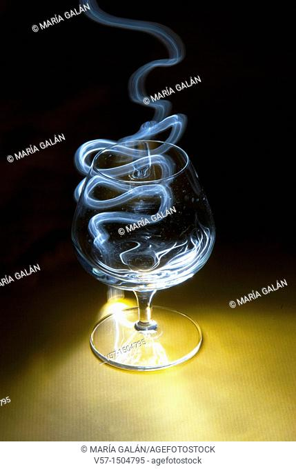 Light-painting with a glass