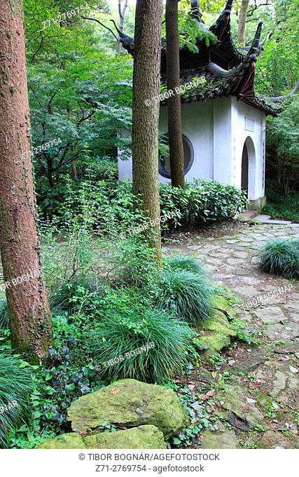 China, Zhejiang, Hangzhou, Baopu Taoist Temple,