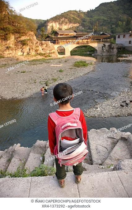 Street children, Shiqiao, Guizhou, China