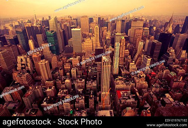 Bird Eye View Of Manhattan, New-York