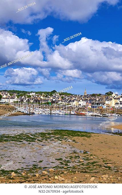 Douarnenez, Port and boats, Finisterre, Bretagne, Brittany, Quimper distict, France