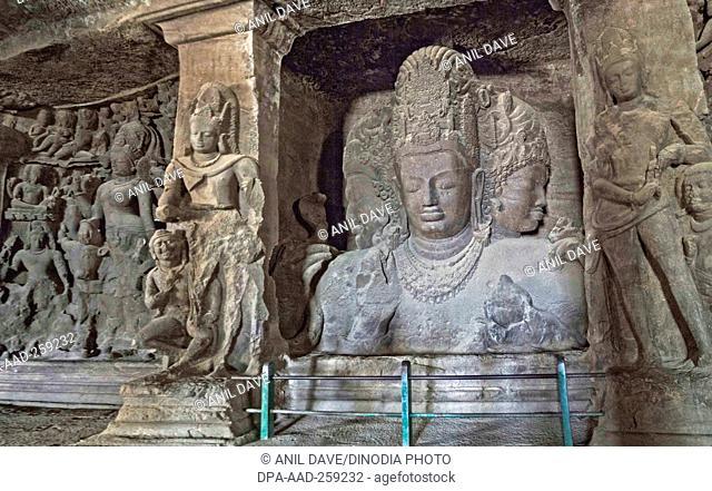 Trimurti sculpture elephanta cave, Mumbai, Maharashtra, India, Asia