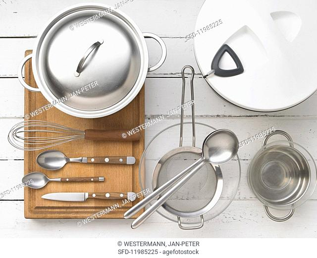 Kitchen utensils for preparing vegetable salad wth rice