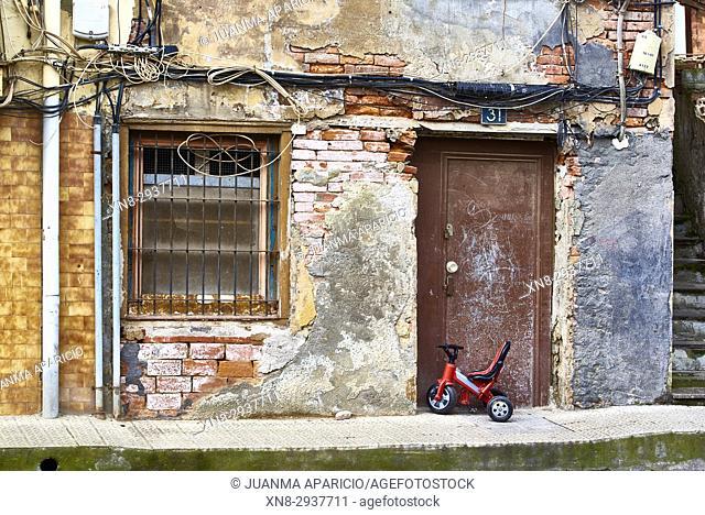 Deteriorated Building, Erandio, Biscay, Basque Country, Spain, Europe