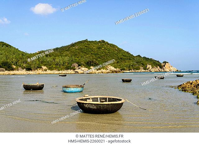 Vietnam, Ninh Thuan province, near Phan Rang, Nui Chua National Park, small fishing port near Can rang