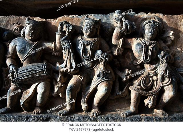 Sculpture in the Hoysaleswara temple at Halebid ( Karnataka, India)
