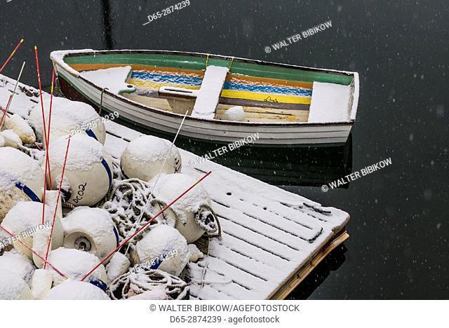 USA, Massachusetts, Cape Ann, Gloucester, Annisquam, fishing net floats, winter