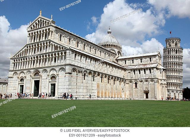 Italy, Tuscany, Pisa. The Cathedral and The Leaning Tower