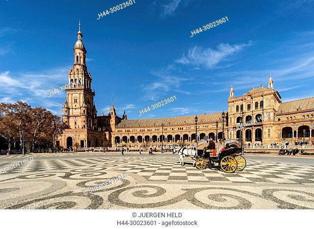 Placa de Espana, spanish square,carriage, Seville, Andalusia, Spain