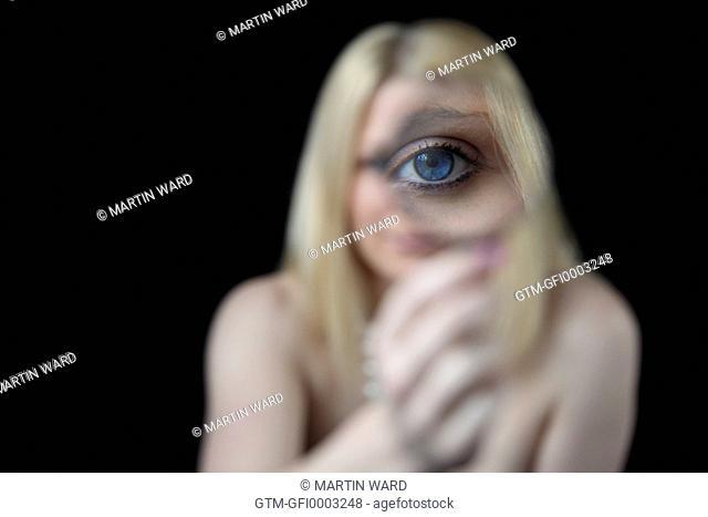 eye magnified