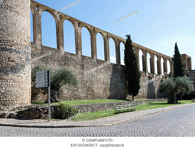Aqueduct in evora portugal, this is 500 years old