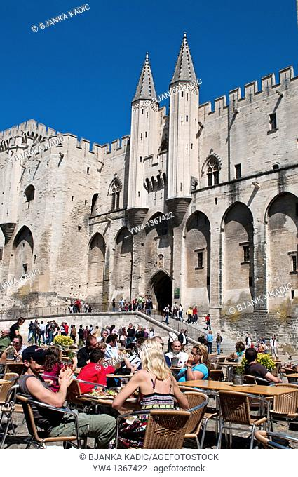 Outdoors restaurant in front of Popes Palace, Palais des Papes, Avignon, France
