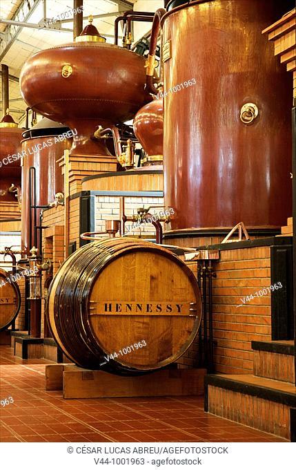 Destilería Le Peu en Juilliac le Coq  Cognac  Poitou Charentes, Francia