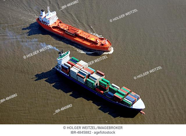Feeder ship and tanker on the Elbe, Hamburg, Germany