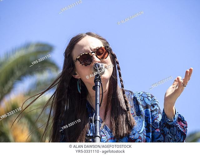 Las Palmas, Gran Canaria, Canary Islands, Spain. 31st March, 2019. BBC Folk singer of the nominee, Julie Fowlis, in concert in city park in Las Palmas as...