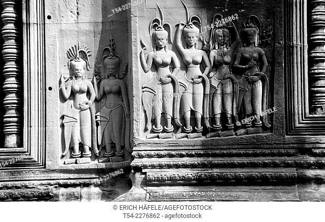 Wall relief at Angkor Wat