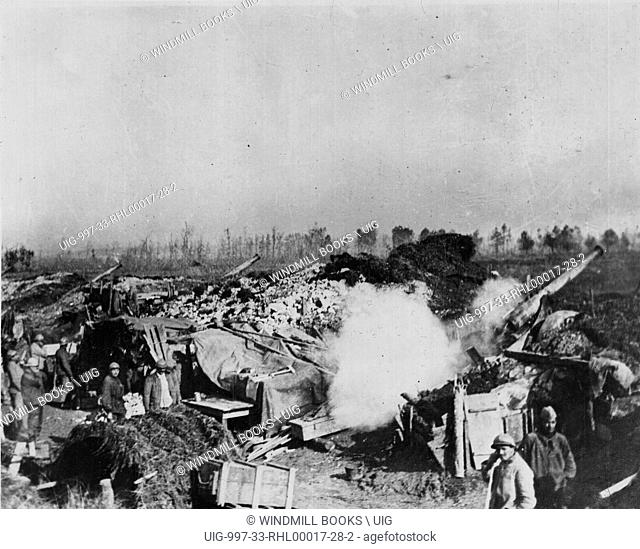 Battery 120mm long guns near Feulliers, Somme.
