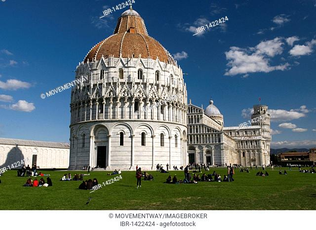 Baptistry of the cathedral of Santa Maria Assunta and Campanile, baptistery, Leaning Tower, UNESCO World Heritage, Pisa, Tuscany, Italy, Europe