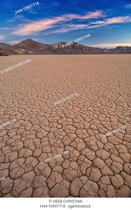 USA, California, Death Valley, National Park, Playa at the Racetrack